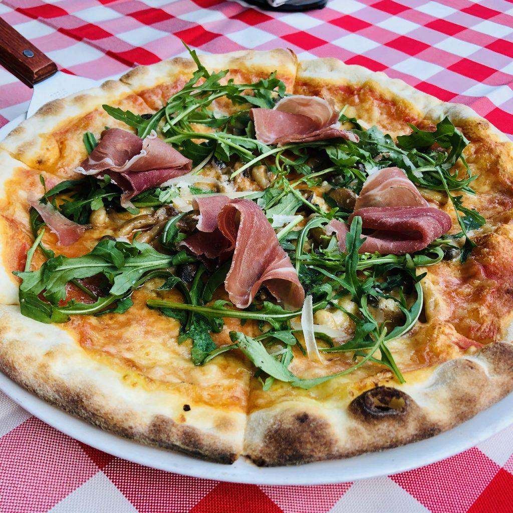 pizza catering sunshine coast